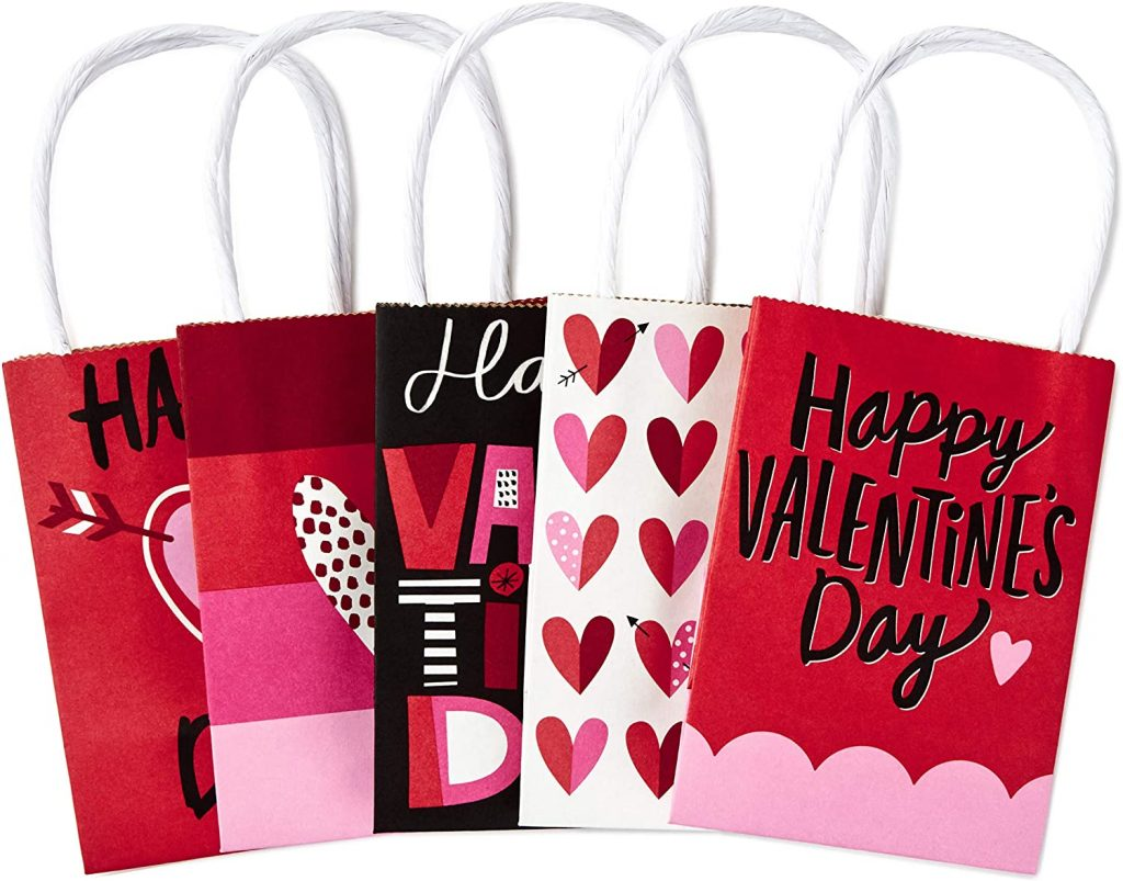 Hallmark 5 inches Mini Paper Valentines Day Gift Bags