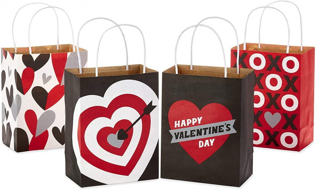 Hallmark 6 inches Small Valentines Gift Bags