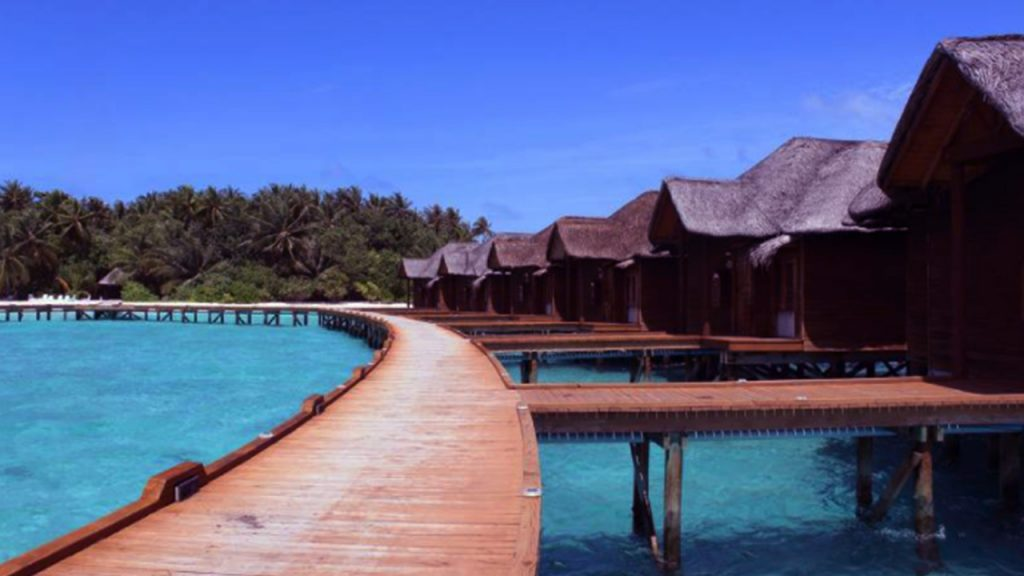 places to go for valentine day Maldives