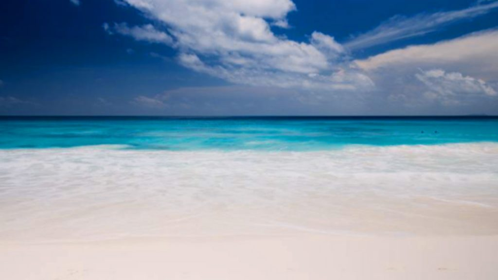 places to go for valentine day Seychelles