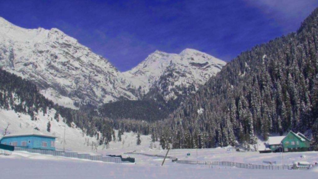 places to go for valentine day Srinagar, Jammu and Kashmir, India