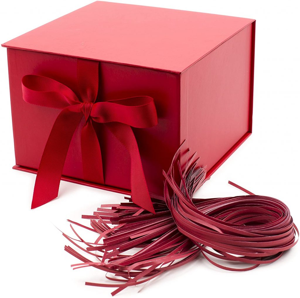 valentine day boxes Hallmark gift box with fill red color