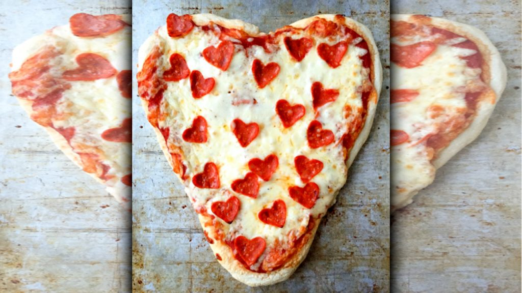 valentine day pizza