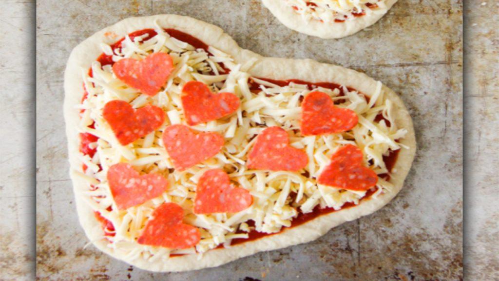 valentine day pizza smile