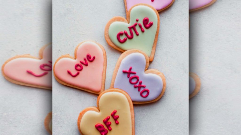 valentine day sugar cookies saying