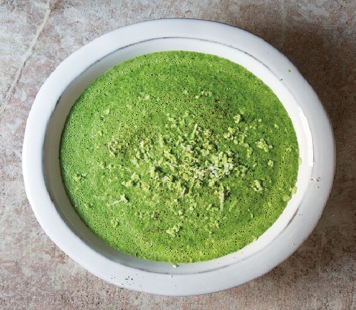 Parsley Soup Cream with fresh Horseradish Delicious Spring Equinox Food Ideas 2021