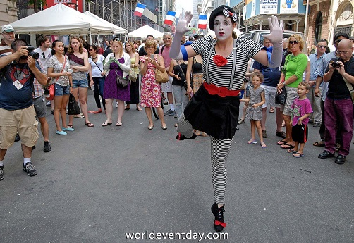 Mime at Bastille Day NYC 60th Street